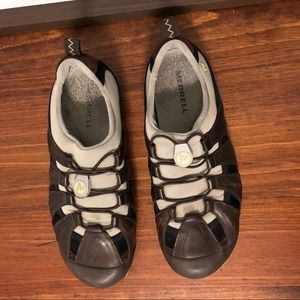 Merrell Shoes - Merrell women's flat athletic crossover shoe. 7.5